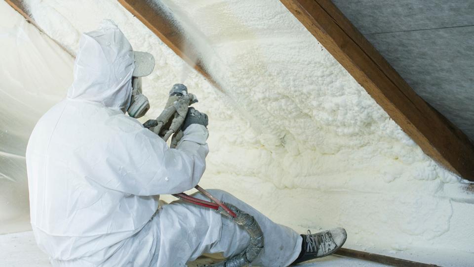 proceso de aplicación de espuma de poliuretano