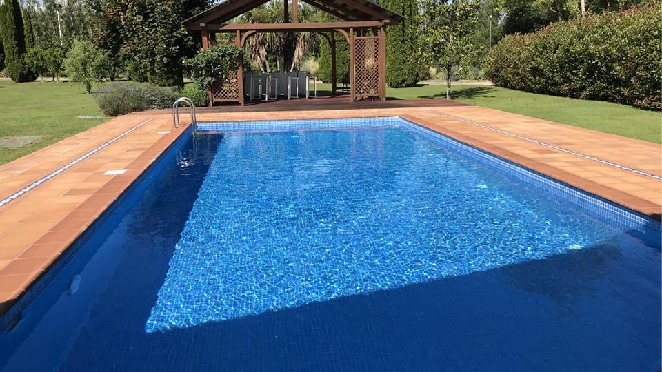 Impermeabilización de piscina en vivienda unifamiliar